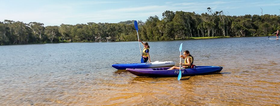 kids on kayaks at Aquafun