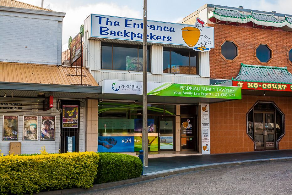 The Entrance Backpackers