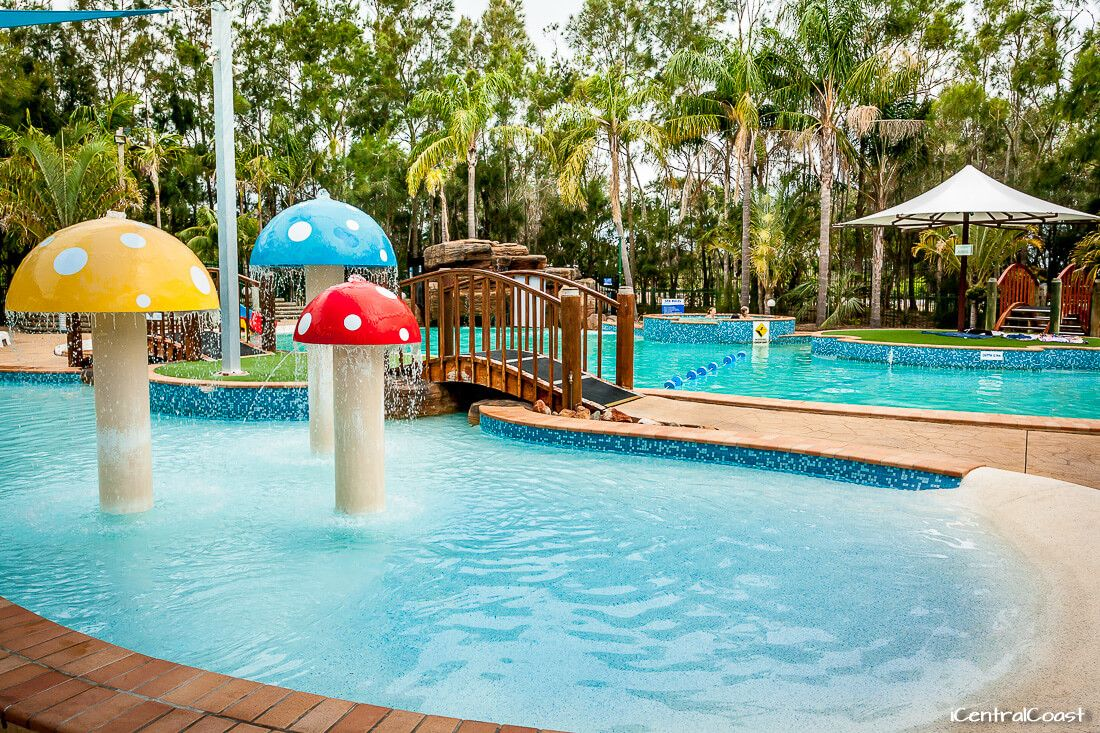 NRMA Ocean Beach Resort & Holiday Park pool