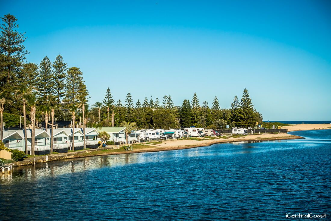 Waterfront cabins at Dunleith Tourist Park