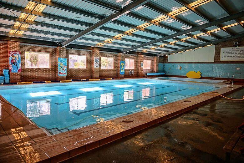 Warners Bay swimming pool