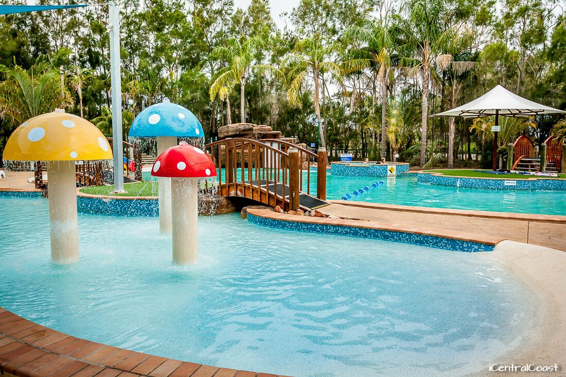 NRMA Ocean Beach Holiday Park swimming pool