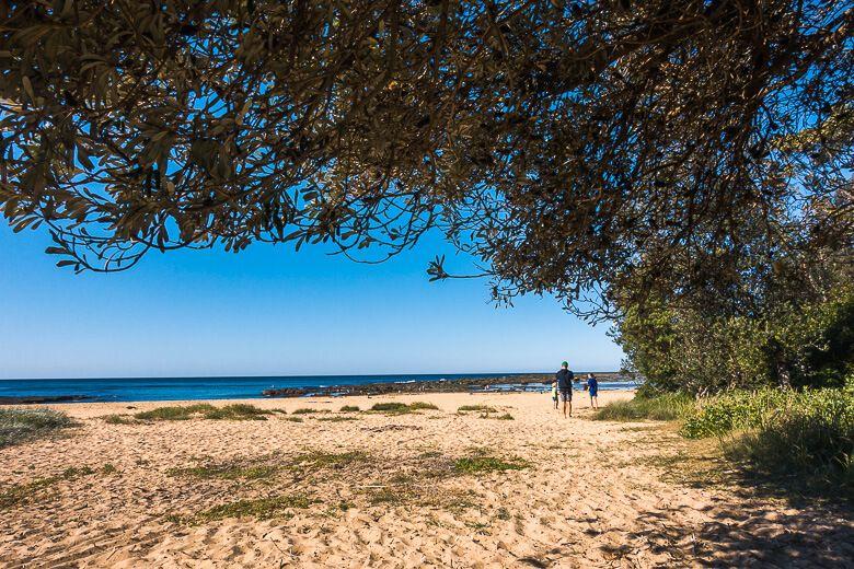 Bateau Bay Beach