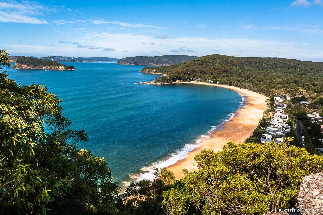 Pearl Beach view from Ettalong Lookout